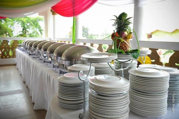 Unique cuisine and decor adenta ghana for Plaque decorative cuisine