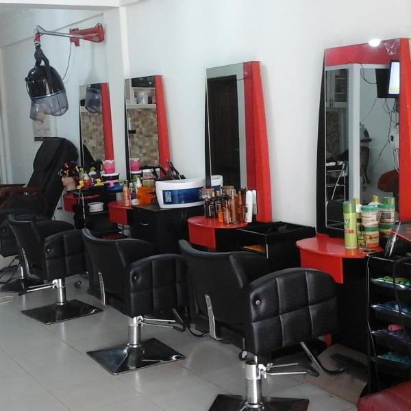 dressers hair and beauty salon  accra  ghana